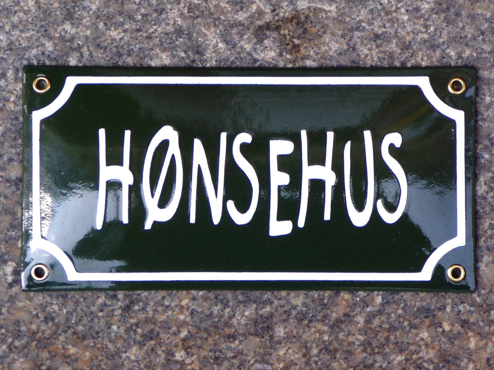 Husskilte-Hoensehus-web1600