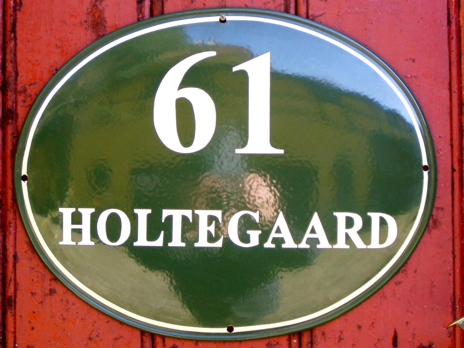 Husskilte-Holtegaard-web1600